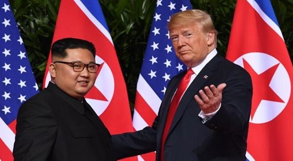 Τραμπ: Καμία βιασύνη για συμφωνία για τα πυρηνικά της Β.Κορέας