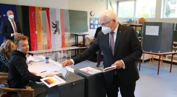 Ο Πρόεδρος Στάινμαγιερ τονίζει τη σημασία που έχουν οι εθνικές εκλογές