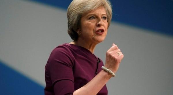 Ευρ.Διπλωμάτης: Χωρίς πρόταση για Β. Ιρλανδία η Μέι