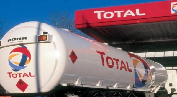 Η γαλλική Total αγοράζει ρωσικό υγροποιημένο φυσικό αέριο