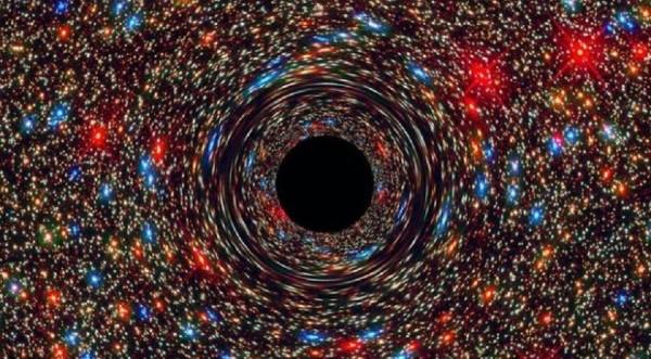 Μαύρη Τρύπα άρχισε να λάμπει και κανείς δεν ξέρει γιατί (vid)