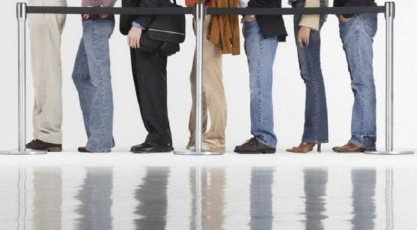 Τέλος στις αυτόματες ανανεώσεις ανέργων