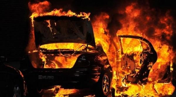 35χρονος παραδέχθηκε ότι έβαλε φωτιά στο όχημα 27χρονης