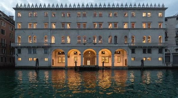 Σε Εμπορικό Κέντρο μετατράπηκε το ιστορικό παλάτσο Βενετίας