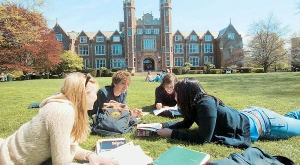 Ανησυχία φοιτητών για τις αλλαγές στα βρετανικά πανεπιστήμια