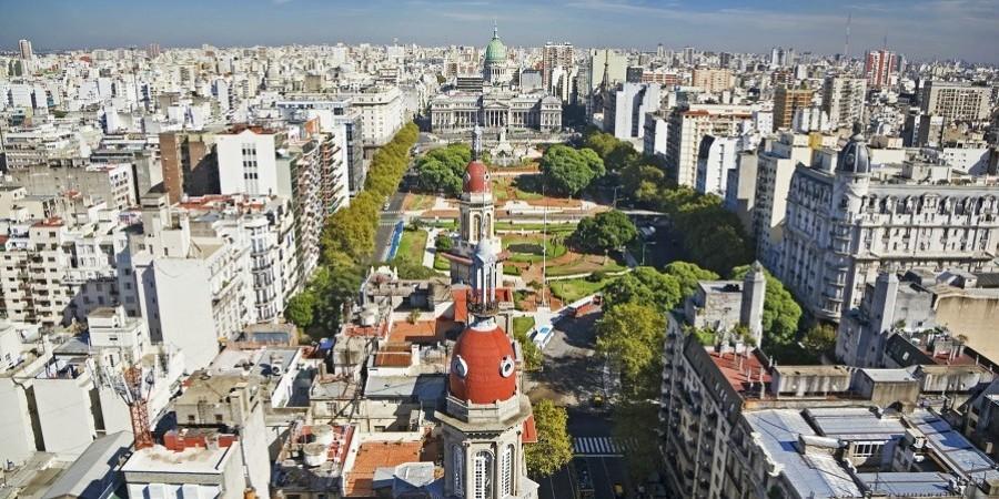 Η Αργεντινή απορρίπτει τη λογική Τραμπ για τη Βενεζουέλα