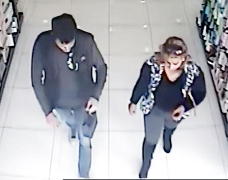 15a61b5f83da09 Αυτούς αναζητεί η Αστυνομία για κλοπές στη Λεμεσό (pics)
