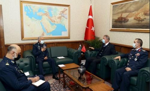 Αρχηγός Πολεμικής Αεροπορίας του Πακιστάν: Υποστηρίζουμε πλήρως την Τουρκία στην Κύπρο 4