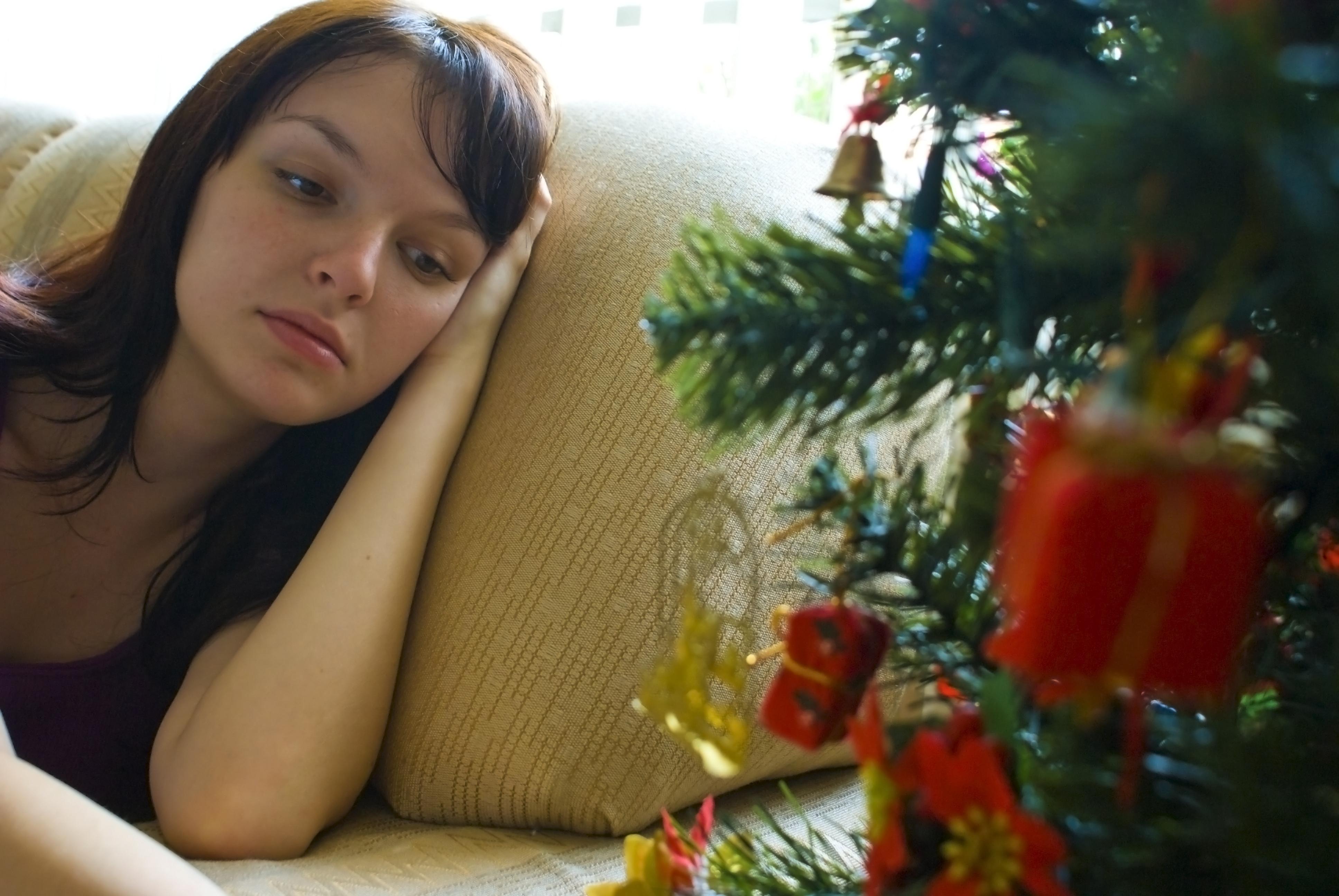 Αποτέλεσμα εικόνας για alone for the holidays